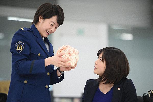 清野菜名 02 TOKYO TRIBE/ウロボロス/LOVE理論 ©bbspink.comYouTube動画>15本 ->画像>321枚