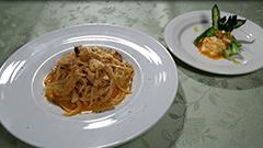 海のカルボナーラとアスパラガスのサラダ